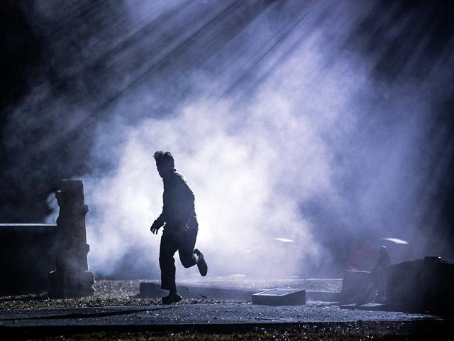 Hình ảnh phim Xác Chết Đêm Trăng
