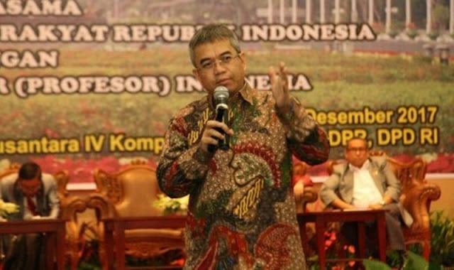 Jokowi Belum Merespons Pengunduran Diri Yudi Latif