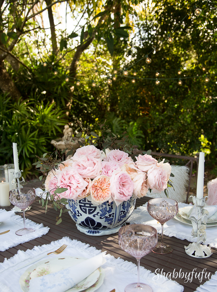 outdoor patio entertaining table centerpiece