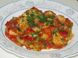 Pui cu ciuperci si ardei copti / Chicken with mushrooms and roasted peppers