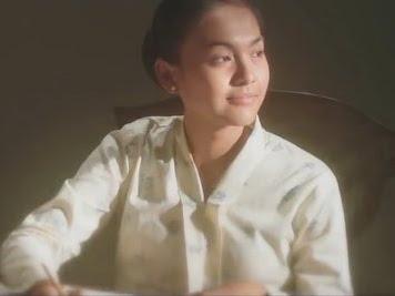 Film Surat Cinta Untuk Kartini, Kartini dan Modus Tukang Pos