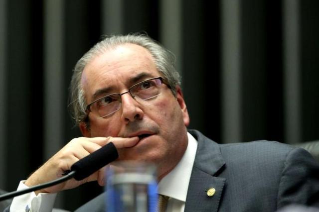 BRASIL: Teori afasta Eduardo Cunha do mandato na Câmara