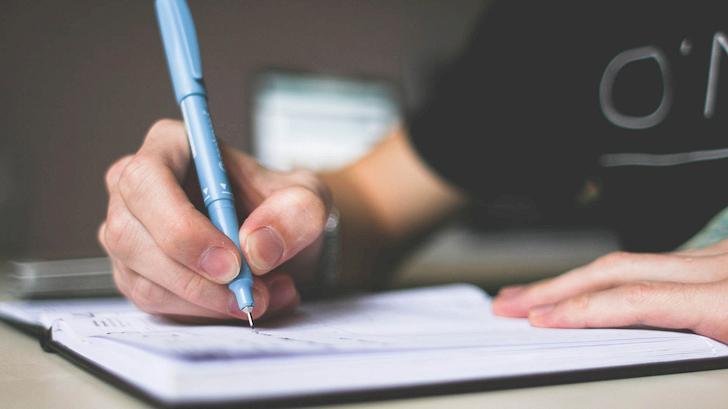 大哲學家柏拉圖認為,寫作會讓人們失去記憶的技能