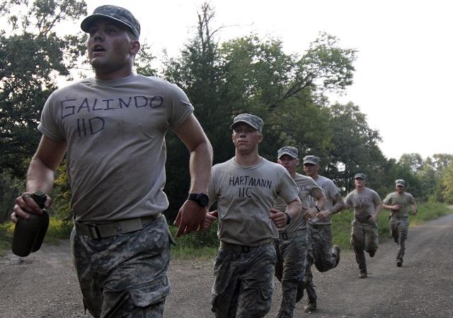 ثلث شباب امريكا لا يستطيعون دخول الجيش بسبب زيادة الوزن !