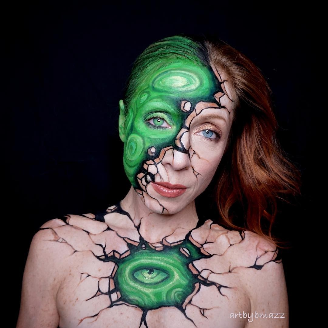 08-Malachite-green-stone-inspired-piece-Brenna-Mazzoni-Body-Paint-Fx-Makeup-Transformations-www-designstack-co