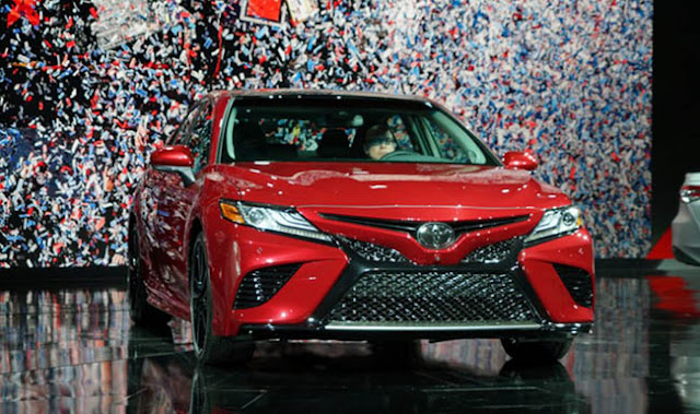 2018 Toyota Camry Watch the debut live from Detroit