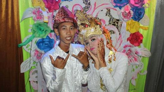 Dua Siswa SMP Menikah di Usia 15 Tahun Ini Bikin Heboh SosMed