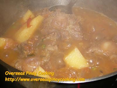 Oxtail Sarciado, Kinamatisang Oxtail - Cooking Procedure