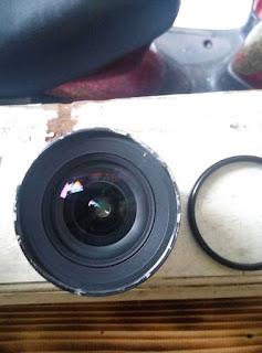 bagian atas lensa