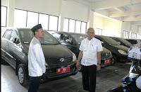 30 Unit Mobdis Fraksi dan Komisi DPRD NTB Diserahkan ke BPKAD