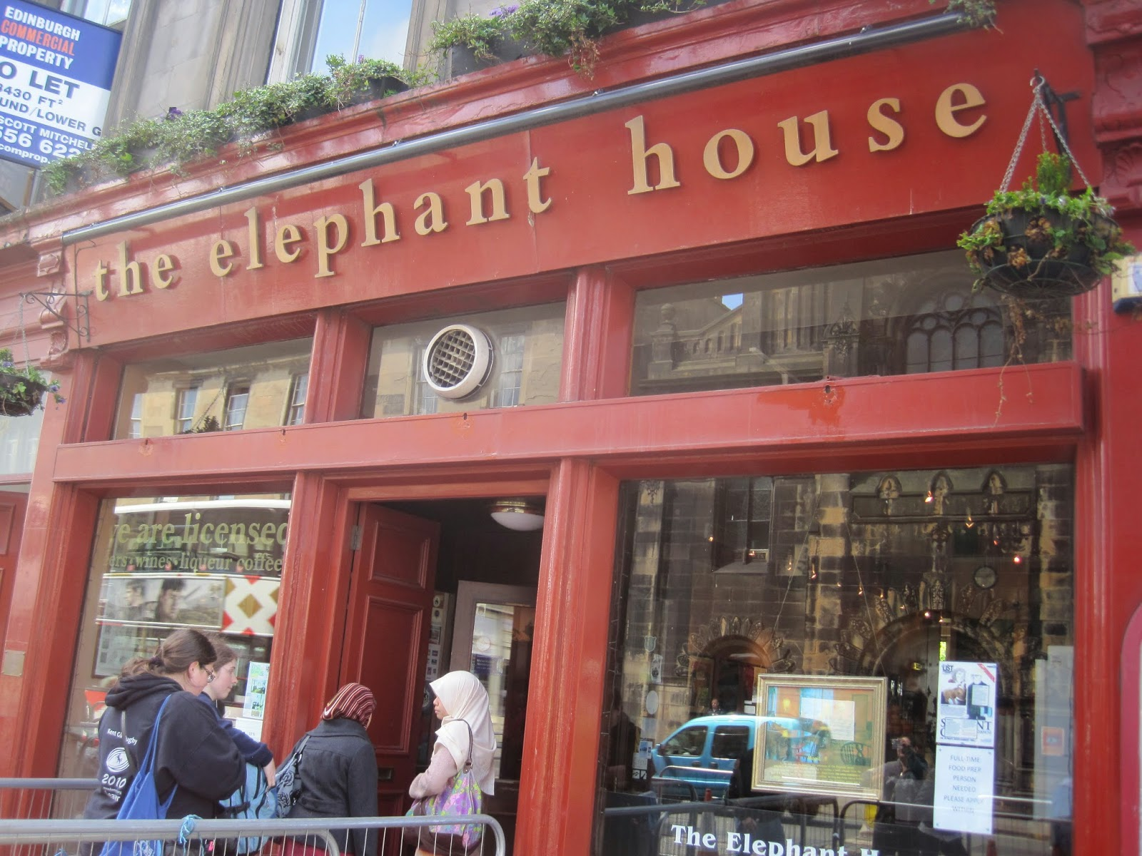 the-elephant-house-cafe