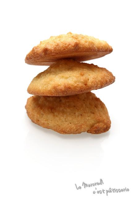 Biscuits craquants à la noix de coco