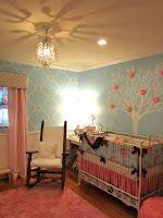 Dormitorio para bebé niña