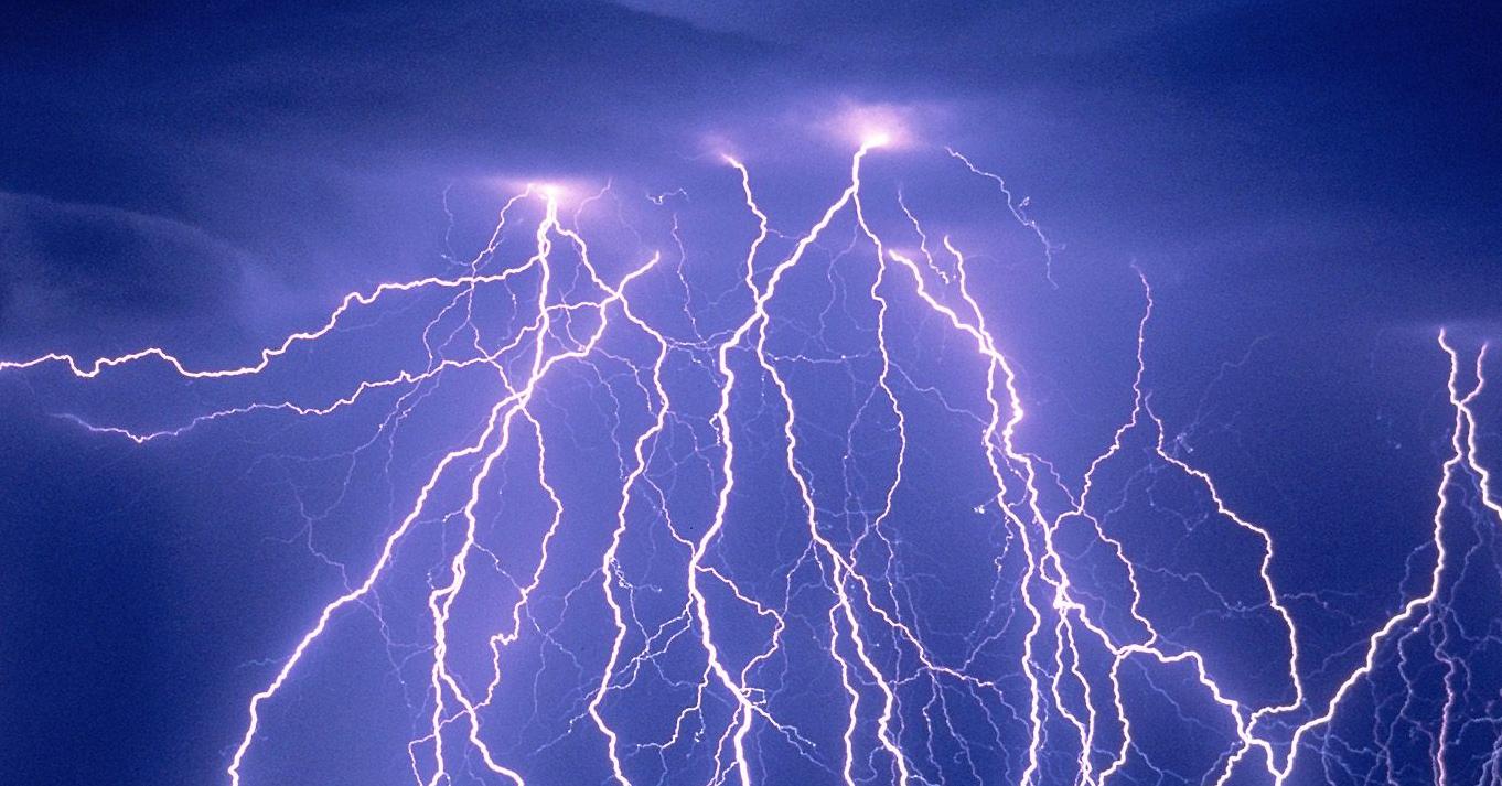 Cool Lightning Strikes Images