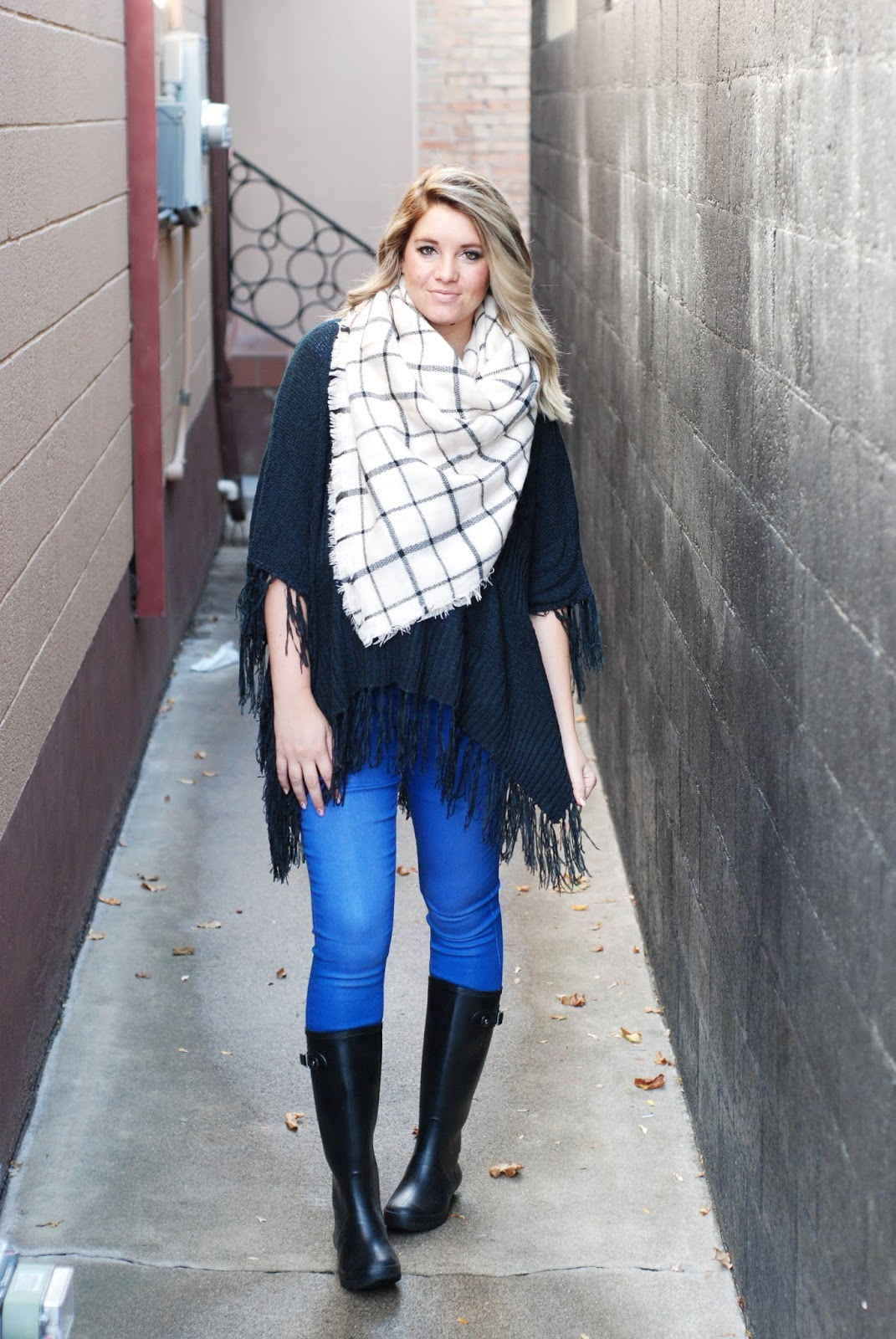 BB Styled, Rainy Day Outfit, Poncho, Blanket Scarf