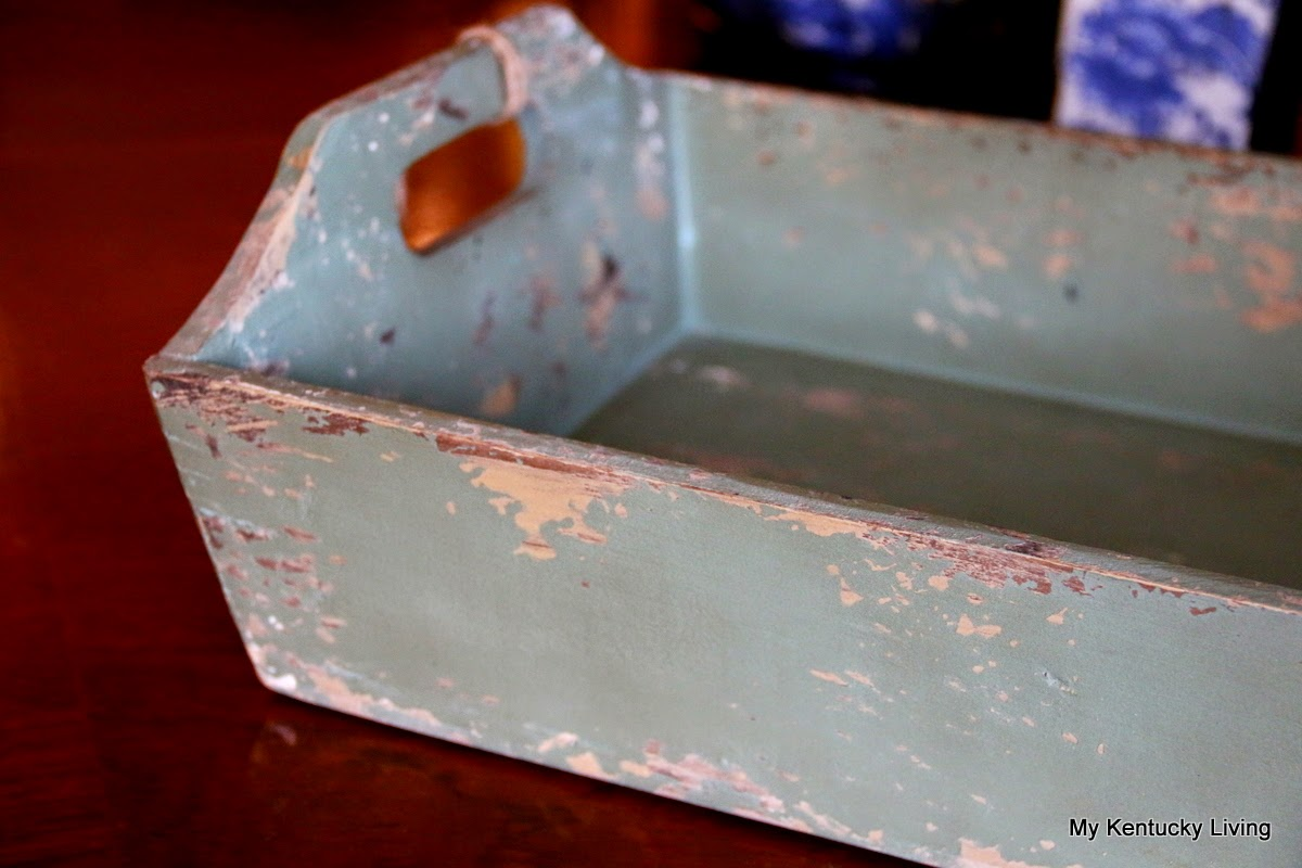 green distressed finish tray