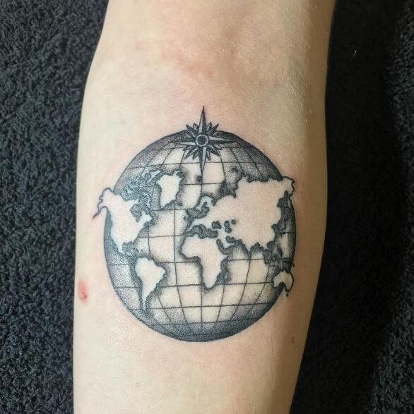 31 world map tattoos designs for travelers 2018 page 2 of 3 world map tattoos gumiabroncs Images