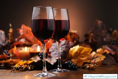 Rüyada Şarap Görmek ile alakalı tabirler, Rüyada görmek ne anlama gelir, nasıl tabir edilir? Rüya tabirlerine göre ve dini rüya tabirlerinde anlamı tabiri nedir