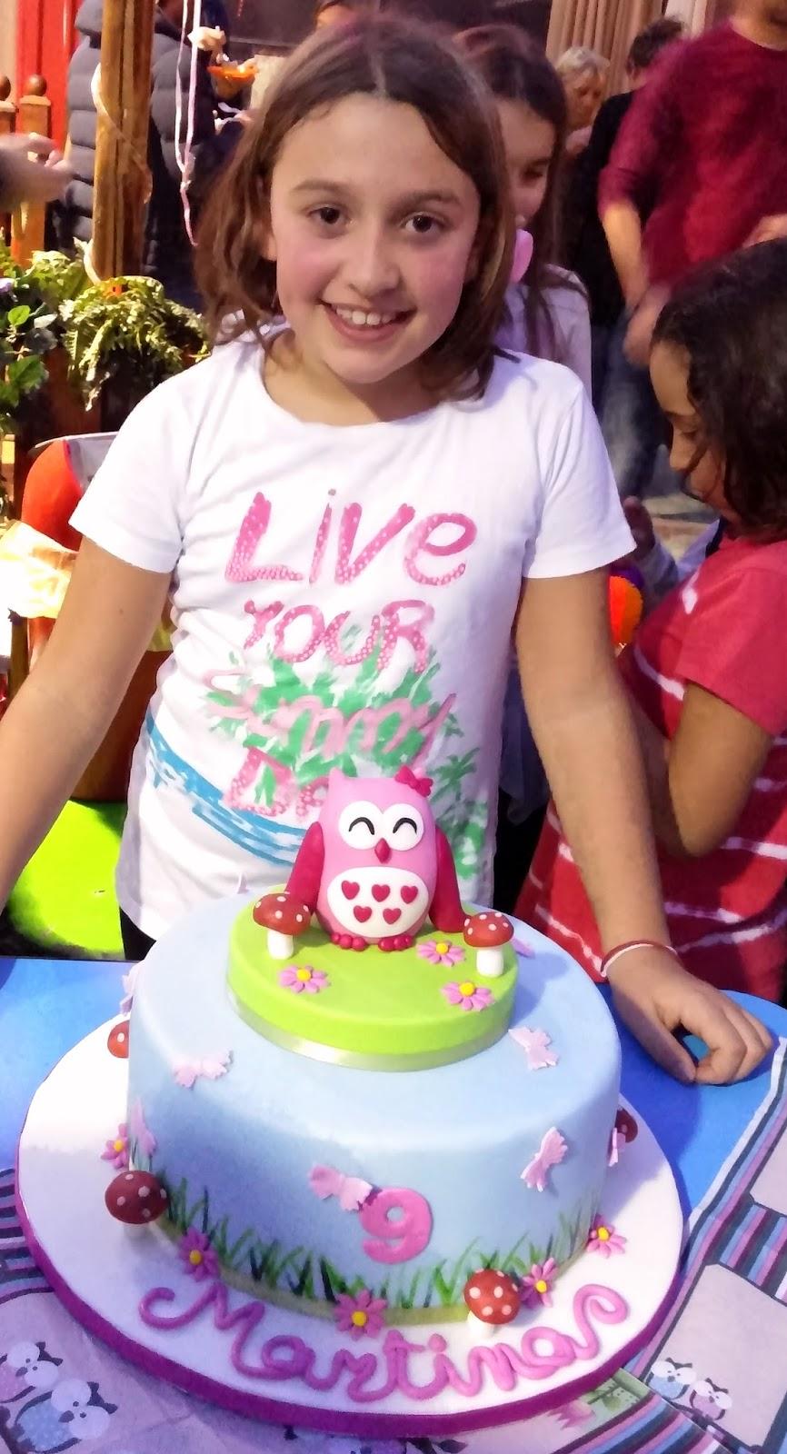 Torta decorata: Gufo (anzi Gufetta) in pasta di zucchero ...