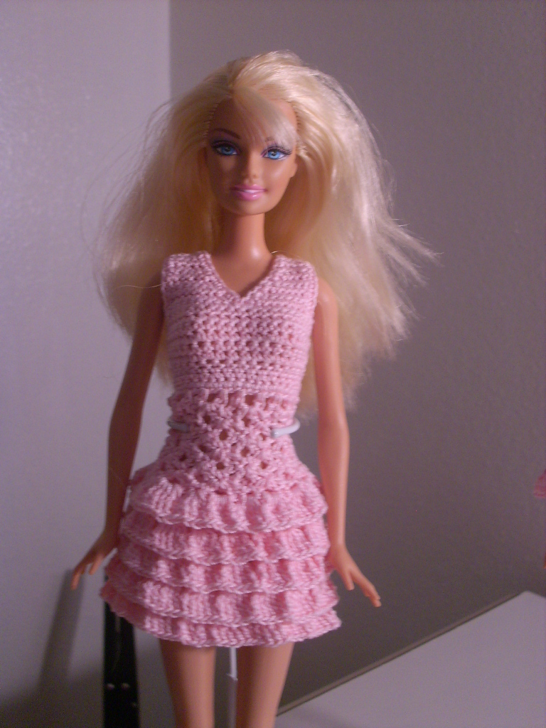 Crochet for Barbie (the belly button body type): Pink ...
