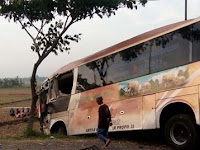 Tabrakan Bus Safari Dharma Raya vs Minibus di Kudus, 2 Orang Meninggal Dunia