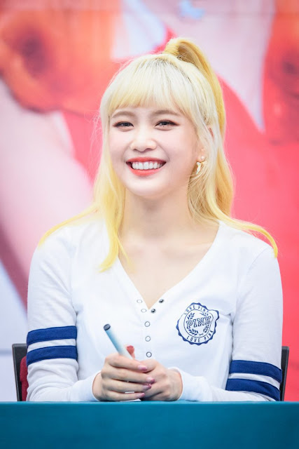 Yellow Joy Red Velvet