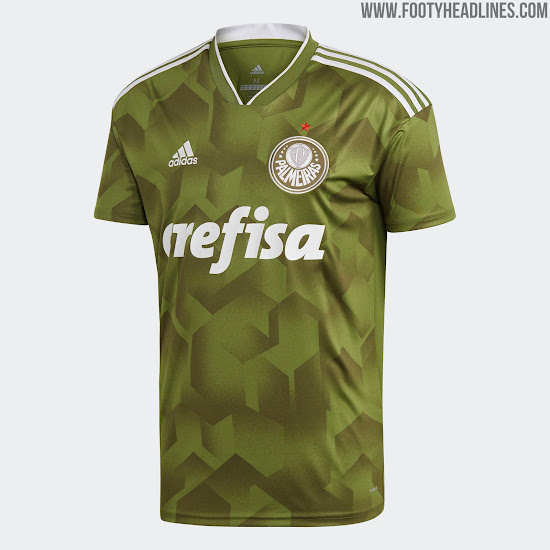 Adidas says goodbye to Palmeiras with this rather underwhelming effort that  has more than one feature that makes a bad kit. Color 5703093eb