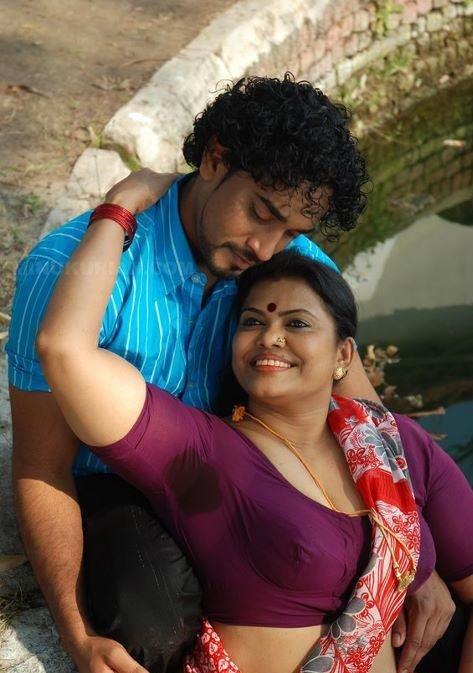 Indian Aunties And Girls Spicy Malayalam Actress Minu Kurian-9803