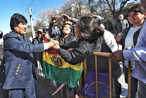 Evo morales critica a expresidentes de Bolivia