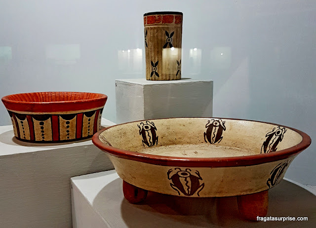 Cerâmica mais exposta no Museu Nacional de Arqueologia e Etnologia da Guatemala
