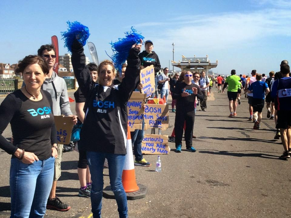 BOSH cheering squad Mile 23 of Brighton Marathon 2015