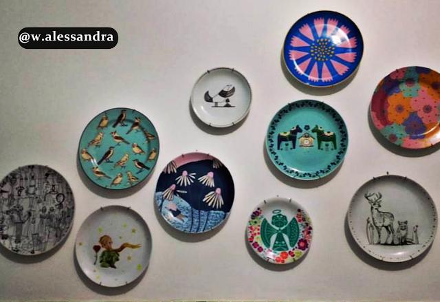 parede-decorada-com-pratos