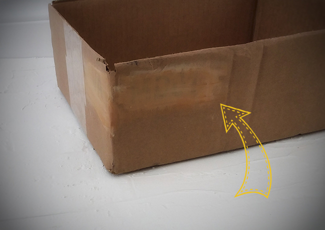 Peinturer la boîte de carton originale