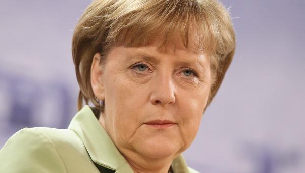 Angela Merkel llama a América Latina a cooperar para lograr solución pacífica en Venezuela