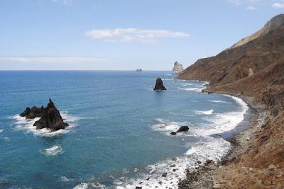 Localizan en el mar cuerpo sin vida de una persona, Tenerife