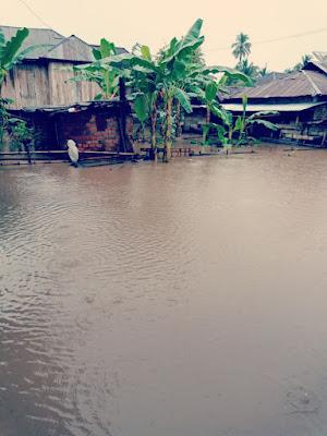 Rumah Warga Terendam, Jalan Provinsi Nyaris Tak berfungsi