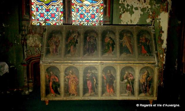Abbaye de Mozac, Puy de Dôme. la chasse de saint Calmin