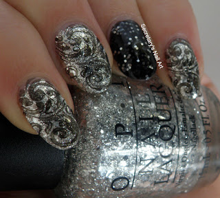 black and silver nail art