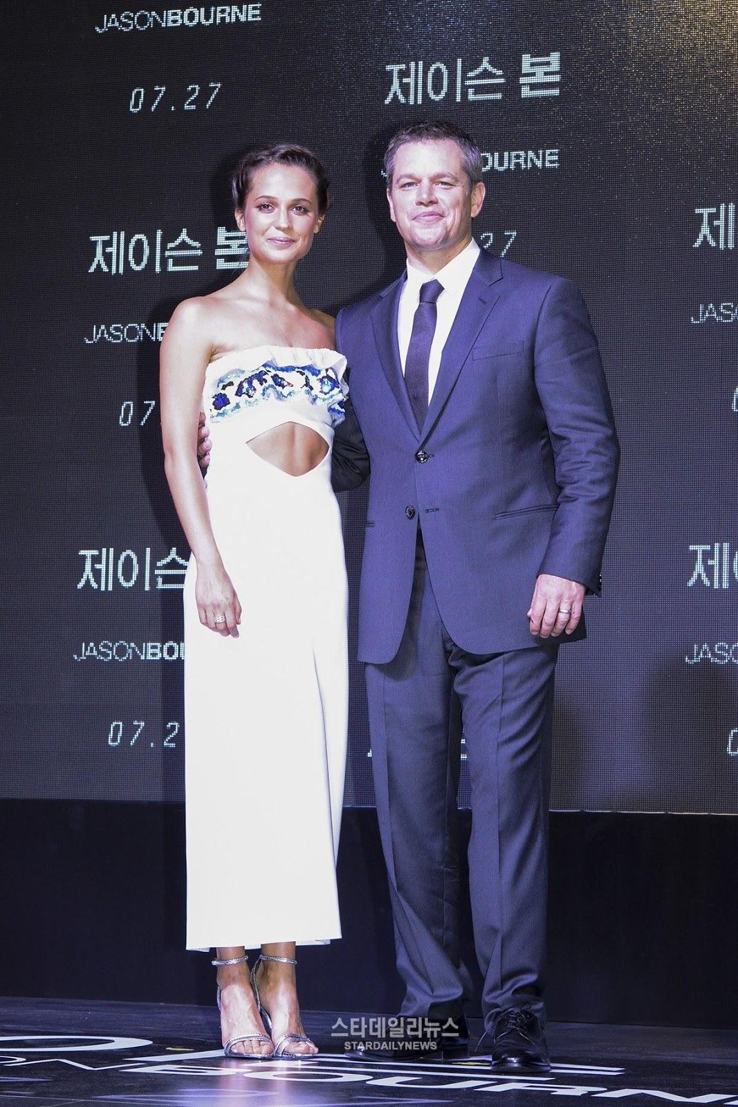 HQ Photos of Alicia Vikander a Jason Bourne Premiere in Sydney