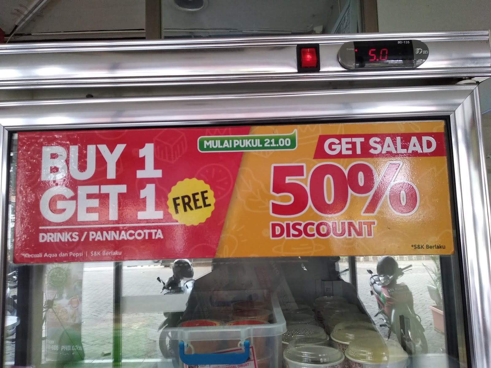 Ketemu lagi sama promo phd di weekend ceria bulan september ini! Promo Diskon 50% Di Pizza HUT Delivery Mulai Jam 9 Malam ...