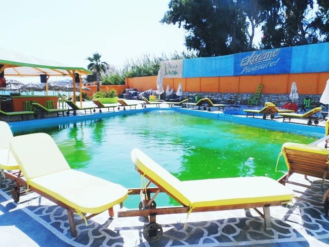 Viva Punda summer beach club pool