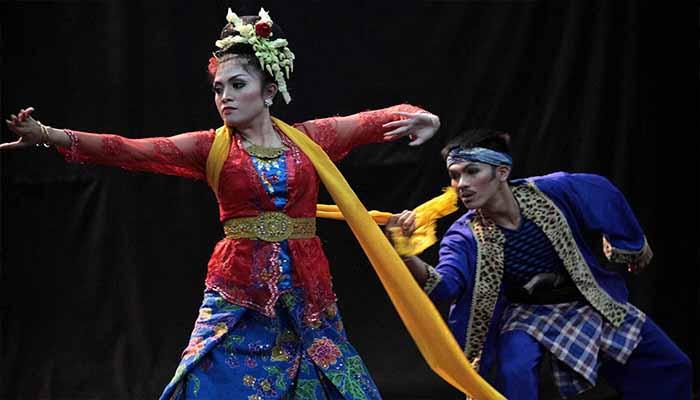 Tarian Tradisional Dari Jawa Barat Dan Penjelasannya