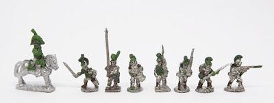 Line - 1 x Mounted officer / officer / standard / drummer / Fusilier x 4: