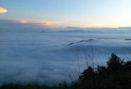 Bukit Jamur  Bengkayang Kalbar bukit jamur bengkayang kalbar bukit jamur di bengkayang kalbar