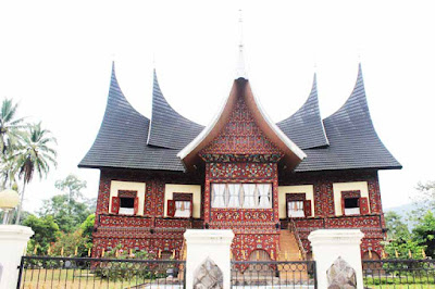 Gambar Rumah Gadang