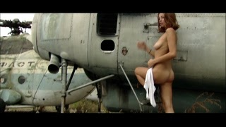 [NuArt.Tv] Maria T - Airfield