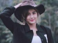 Profil Karin Novilda (Awkarin) Selebgram Cantik Asal Tanjungpinang