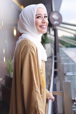 talak 3 Artis cantik Hijab laudya chintya bella