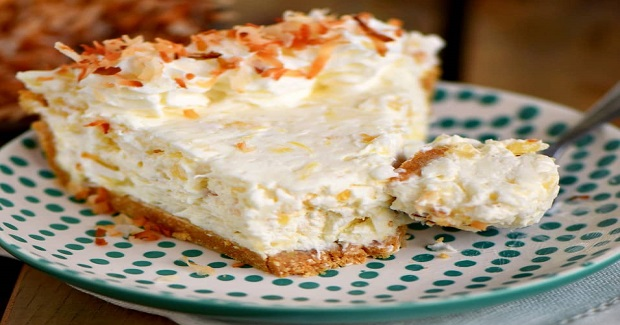 No Bake Pina Colada Cream Pie Recipe