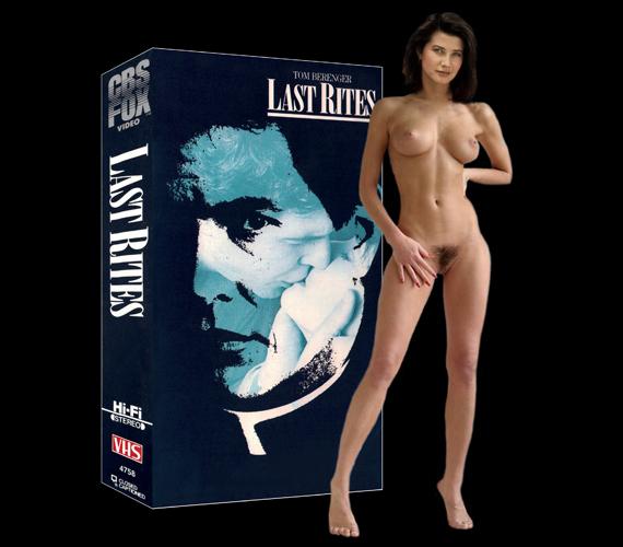 Daphne zuniga nude butt naked